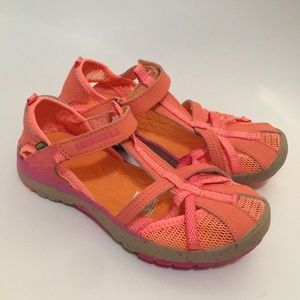 Merrell girls hydro monarch sandals size 2Y